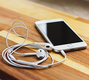 7 Must-Listen Trail Running Podcasts