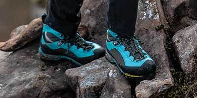 womens mountaineering boots