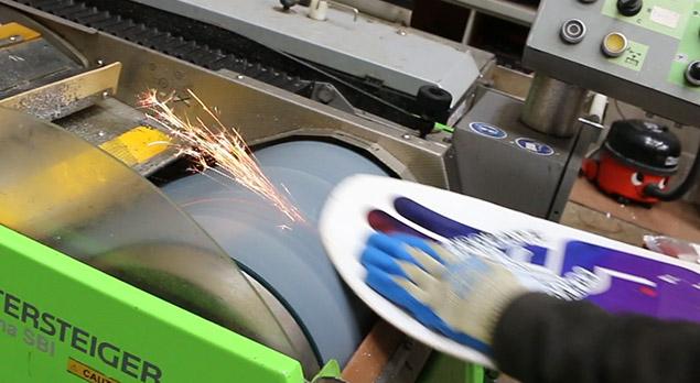 d0d5d5a9cc10 Blog - Servicing Serrated Snowboards   TBT - Ellis Brigham Blog ...