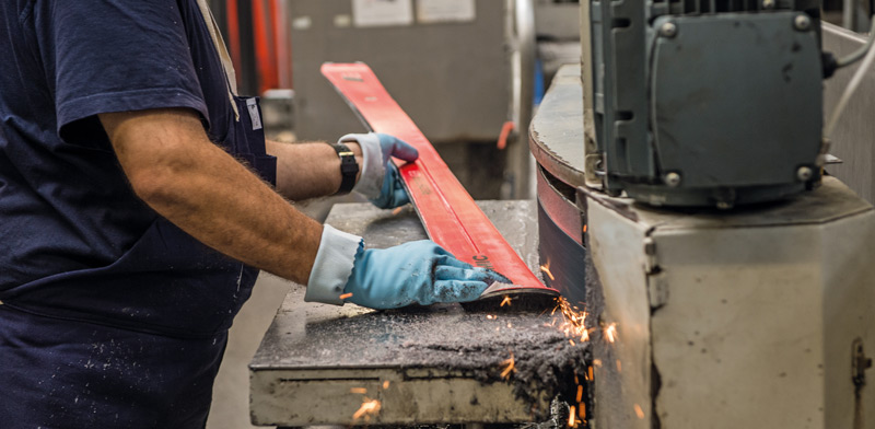 how skis are made grinding line